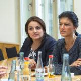 Aristos Damianou /AKEL (Zypern) (links) , Sevim Dagdelen (2. v. l.) Sahra Wagenknecht (3.v.links) Dietmar Bartsch (rechts)